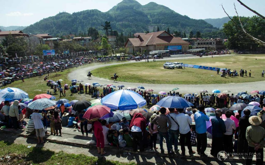 The Bac Ha Race Track