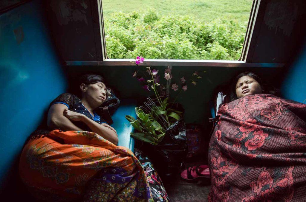 Myanmar - The slow train to Thazi