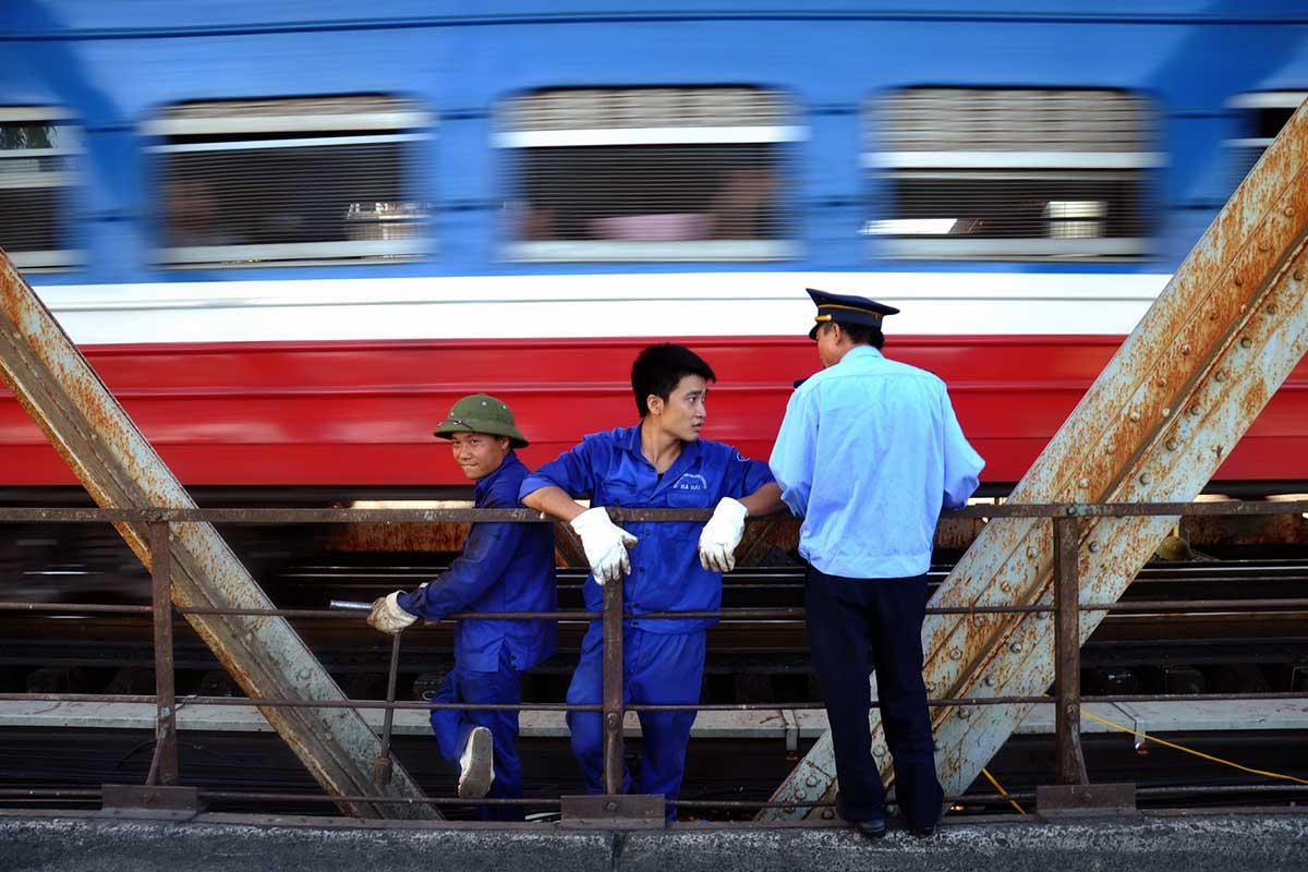 Hanoi's famous train street tour