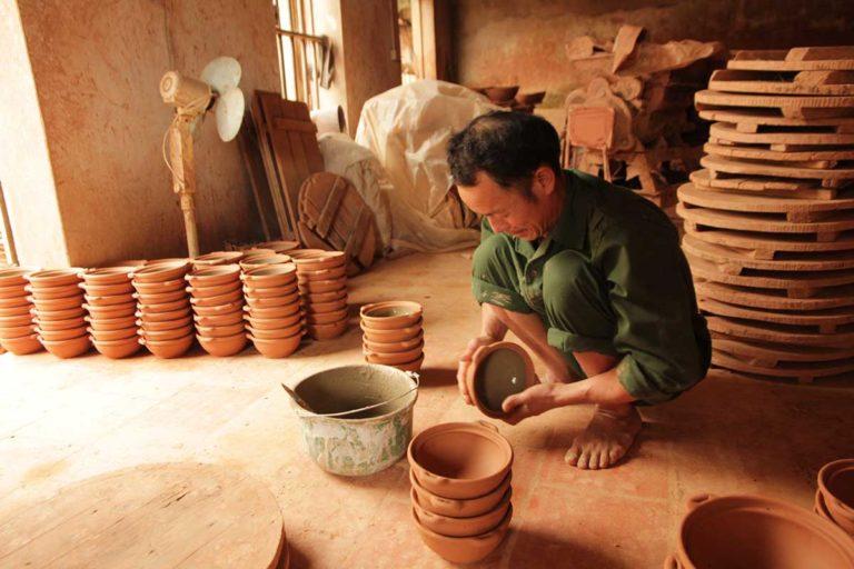 Tho Ha Handicraft Village Photography Tour