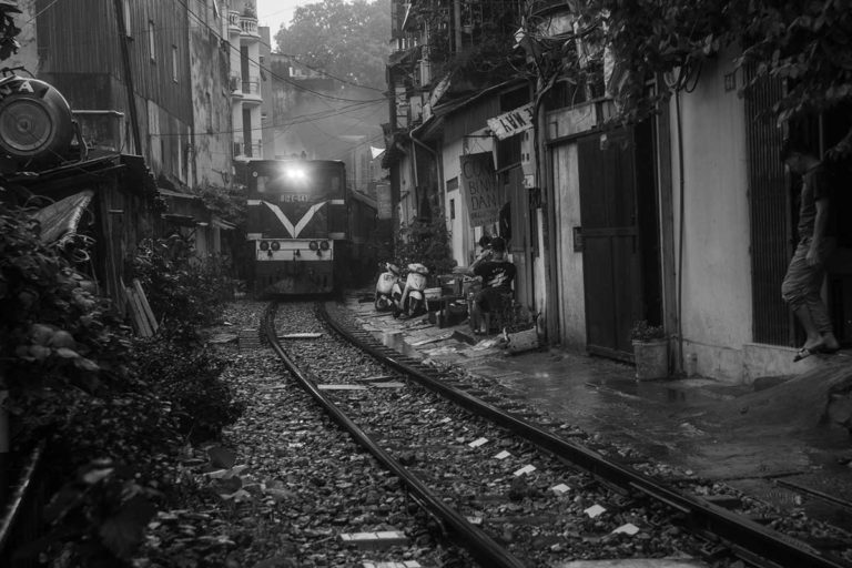 Train Street by Duc Nguyen