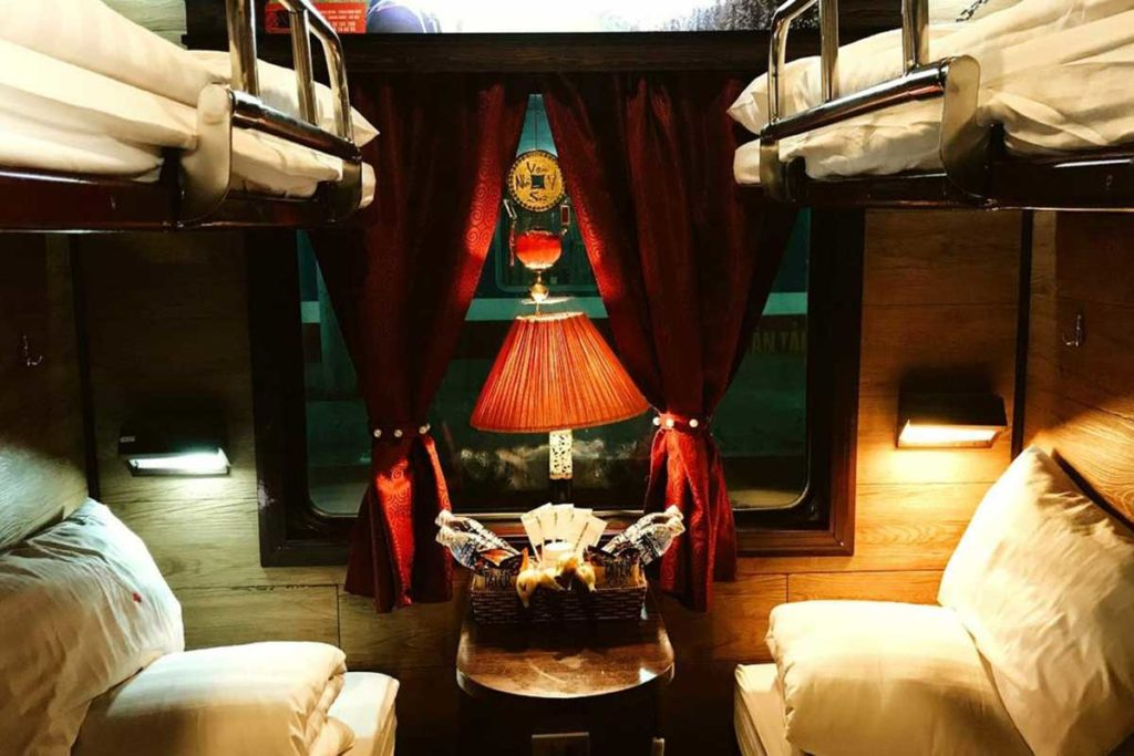 Overnight Train Cabin - Hanoi to Sapa